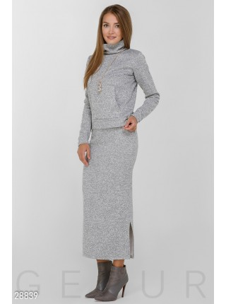 Костюм двойка: юбка миди и кофта кенгурушка