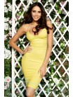 Платье миди на бретелях в желтом цвете.
